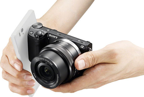 Sony NEX-5T Review -- Near Field Communications