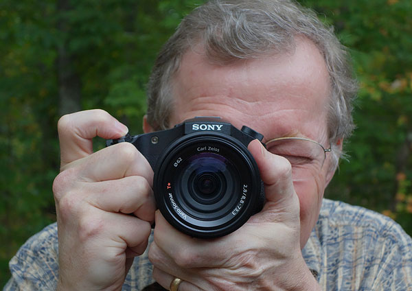 Sony RX10 review -- in hand