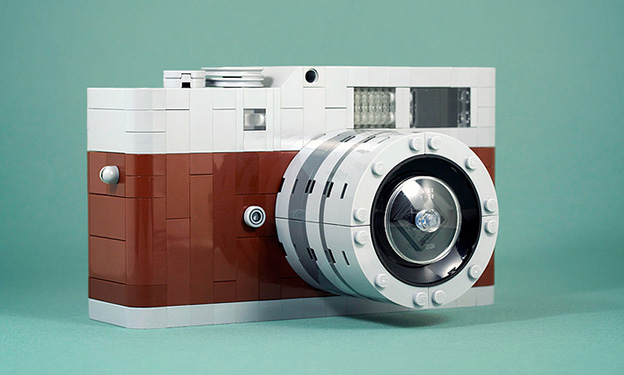 ... has made this super cool Leica M9 replica entirely out of Lego pieces