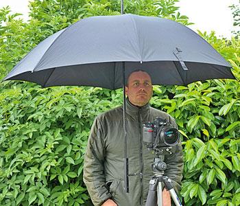 Golf Umbrella Holder for Tripod - ePHOTO zine