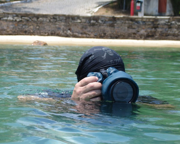 Outex's reasonably priced - waterproof DSLR covers