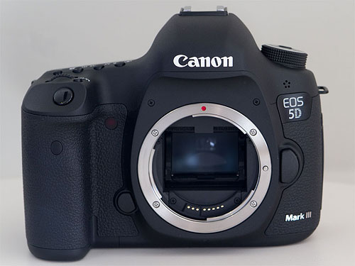 Canon's EOS 5D Mark III digital SLR. Copyright © 2012, Imaging Resource. All rights reserved. Click for a bigger picture!