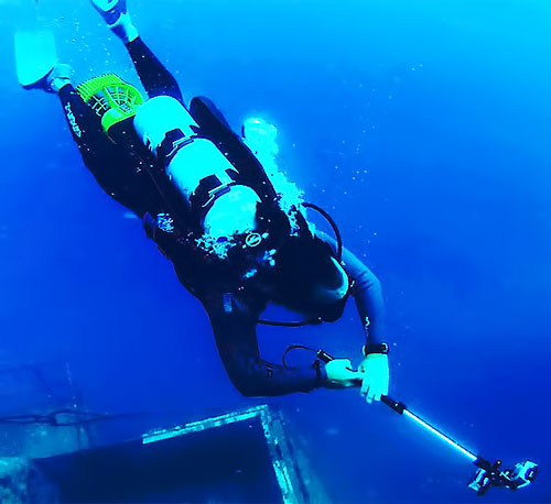The Quik Pod Extreme HD can even be used underwater. Photo provided by Fromm Works Inc.