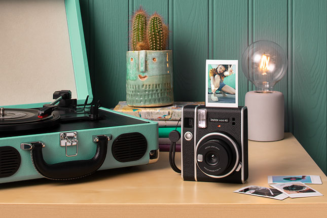 Fujifilm introduces Instax Mini 40 camera and Instax Mini Contact Sheet instant film
