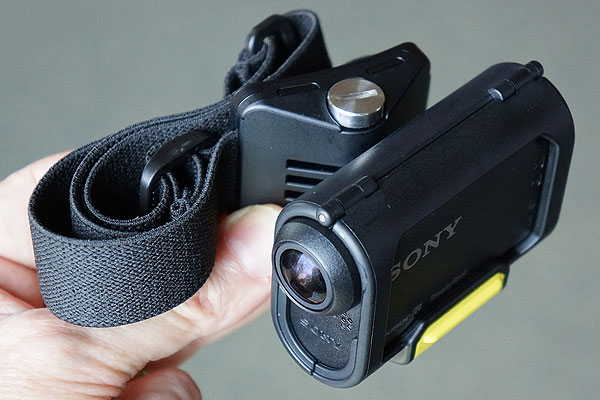 Sony treads on GoPro's turf with WiFi-capable Action Cam series