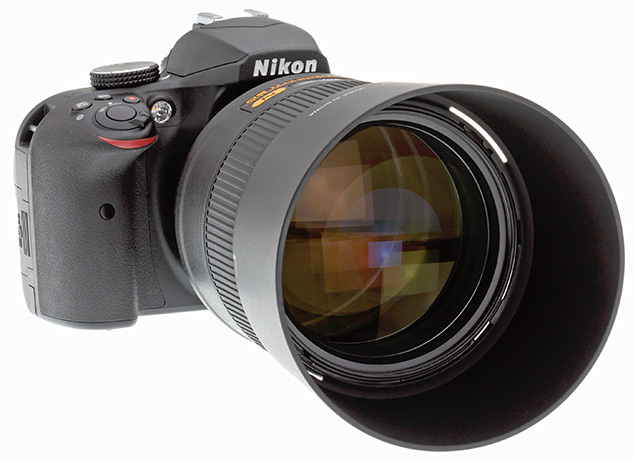 Nikon 105mm f/1.4 Review - front quarter view