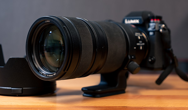 Panasonic Lumix S PRO 70-200mm f/2.8 O.I.S. Review: Field Test -- Product Image