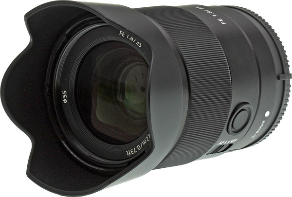 Sony FE 35mm f/1.8 Review -- Product Image